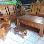 set meja kursi kayu